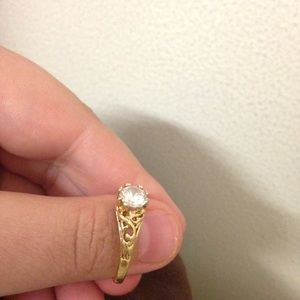 Jewelry - 14KT Yellow Gold Ring