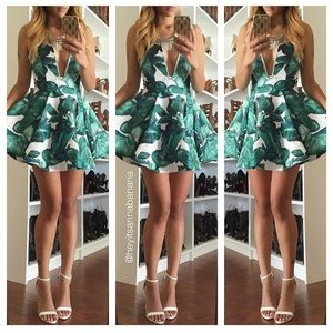 Dresses & Skirts - Wild alone dress