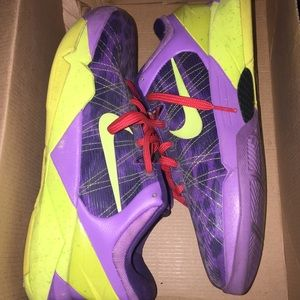 Nike Kobe Christmas Cheetah. Size 6.5 (fit big)
