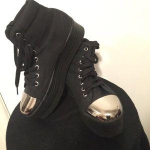 JC play Platform sneakers with Metal Toe