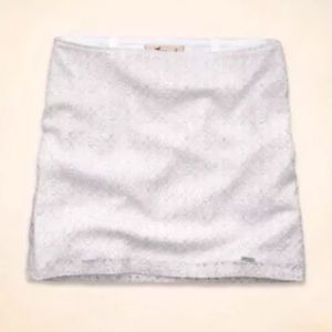Hollister Dresses & Skirts - New Hollister Lace Overlay Ivory skirt size 00