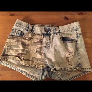 Pants - Denim Camo Shorts