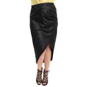 Plus Size  Skirts - Plus Size Geo Print Faux Leather Midi Skirt