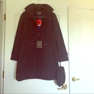 SALE ‼️NWT Black Cole Haan Rain Coat