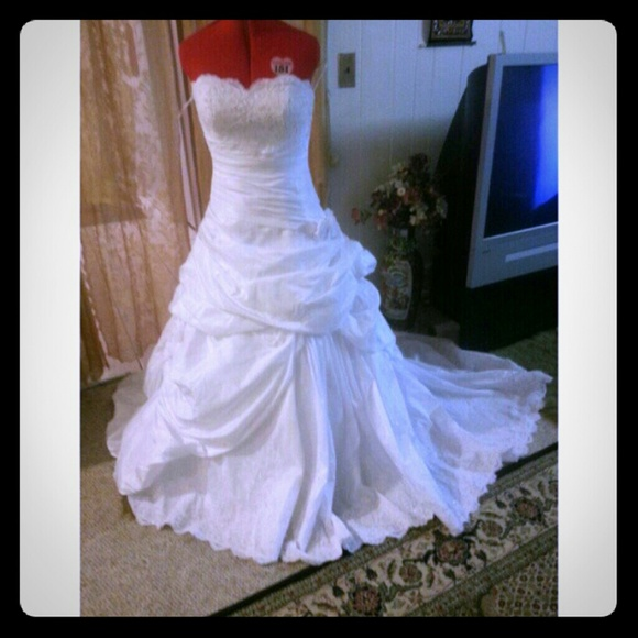 80 off dresses skirts new gorgious wedding dress for How to sell wedding dress never worn