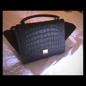 Authentic Celine Trapeze bag (medium with strap)