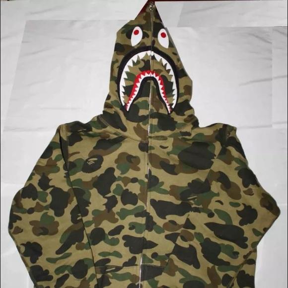 b72843fbd52e Bape Hoodie Sz L authentic