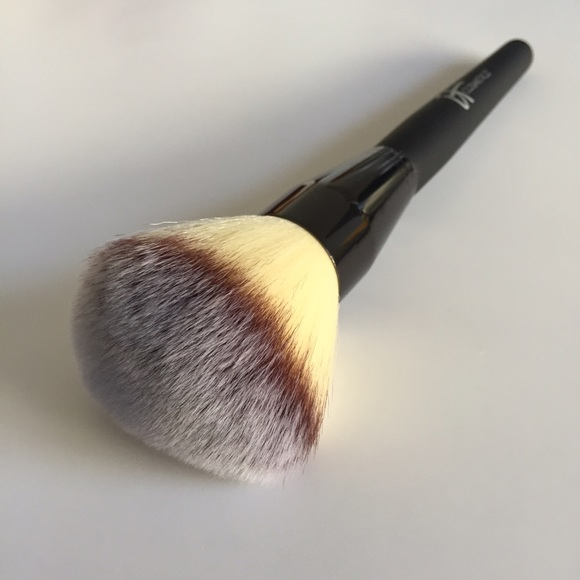 Heavenly Luxe Wand Ball Powder Brush #8 by IT Cosmetics #17