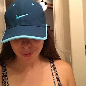 Nike Accessories - Nike hats bundle