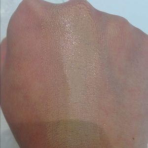 Even Better Glow Light Reflecting Makeup by Clinique #12
