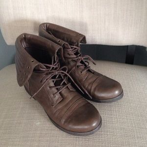 Brown fold over military boots