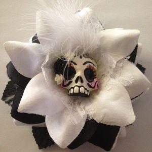 Arte de mi familia Accessories - Big rose with skull day of the dead halloween