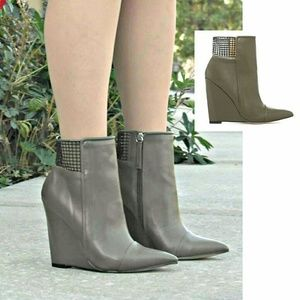 GX by Gwen Stefani Shoes - 💋🎉🎀HP😍💜📯GX by Gwen Stefani Sadami booties...
