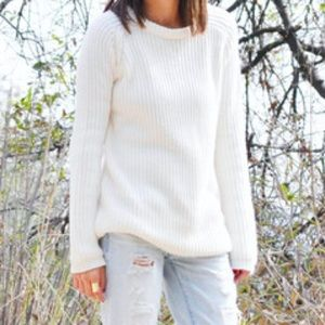 AMERICAN EAGLE White Knit Sweater