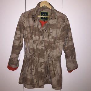 C Wonder tan camo jacket