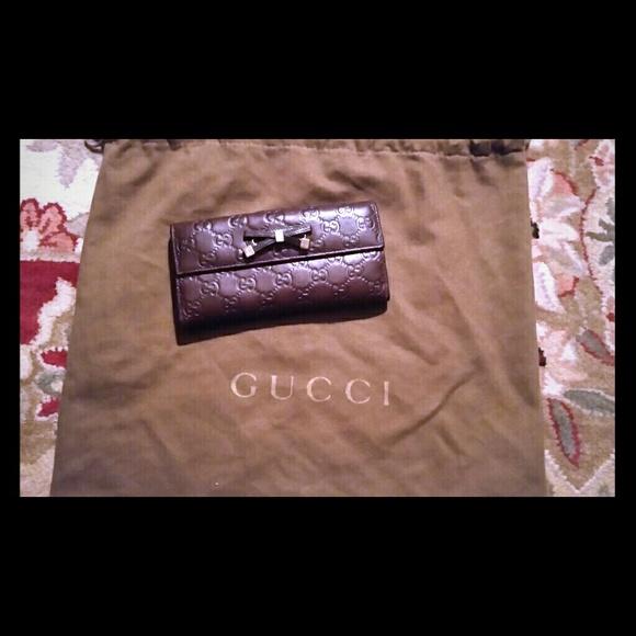 87d31c200ac8 Gucci Handbags - Authentic -Guccissima Gucci Wallet -Bordeaux