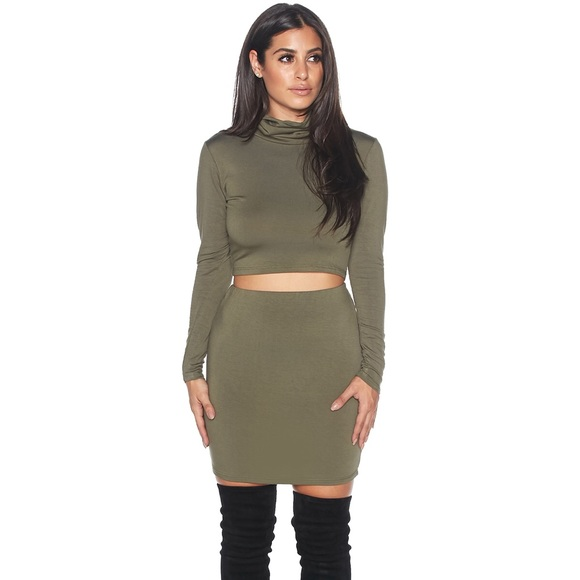 dbd8aaeb16ca5 Olive Kim k turtleneck crop pencil skirt set small