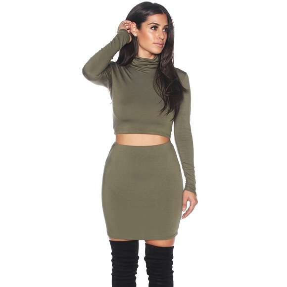 042573c89cd37 Large olive pencil skirt turtleneck crop top set