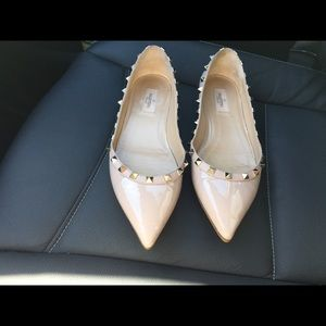 Authentic Valentino NUDE Rock Stud flats 40