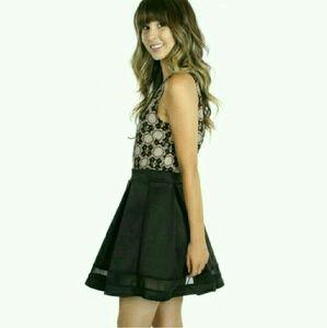 |SALE|{NWOT}• Forever 21 Mesh Silk Skater Skirt •