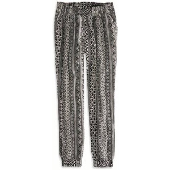Buy Hippie pants yoga style Black and White tribal and other Clothing at tennesseemyblogw0.cf Our wide selection is elegible for free shipping and free returns.