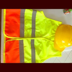 Kids play set... New!!! Vest and hard hat