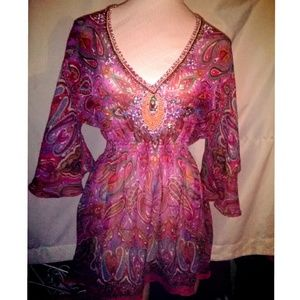 Beautiful sheer print w/ beaded trim shirt
