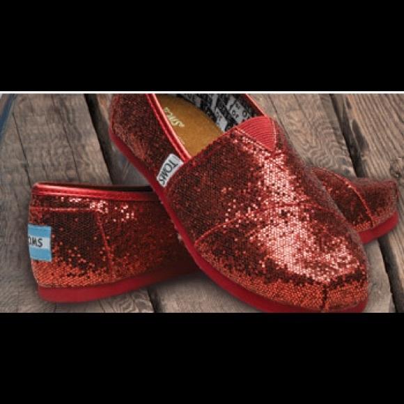 1fe63f96694 Red Sparkle Toms. M 561ab203feba1fc73101c90e