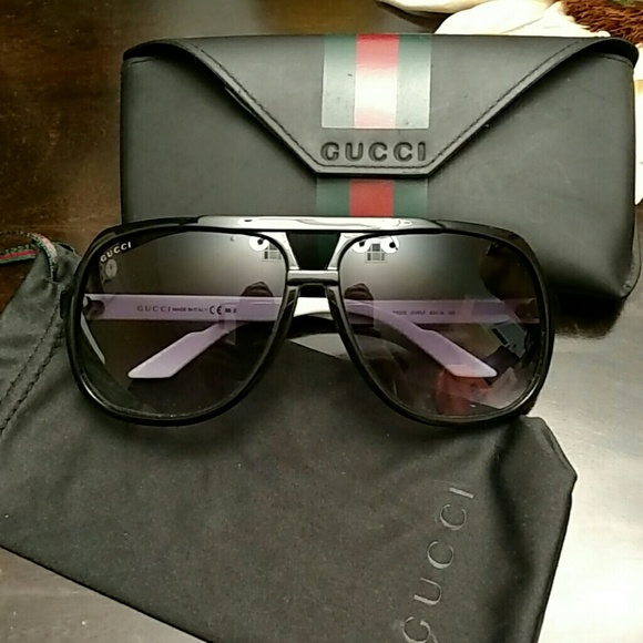 ac751effd3a Gucci Accessories - Gucci 1622 s Aviator Sunglasses