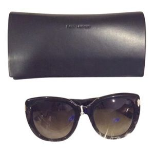 Saint Laurent Accessories - 🎉HP🎉Saint Laurent Black Oversized Sunglasses