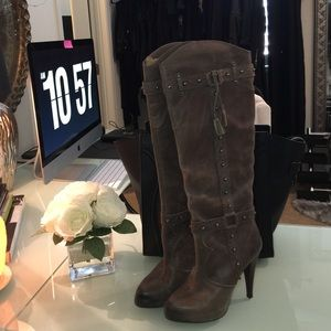 Gianni Bini Shoes - Brown distressed look boots