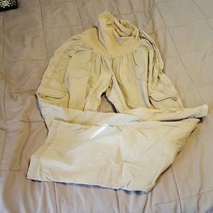 Large khaki maternity cargo capris/pants