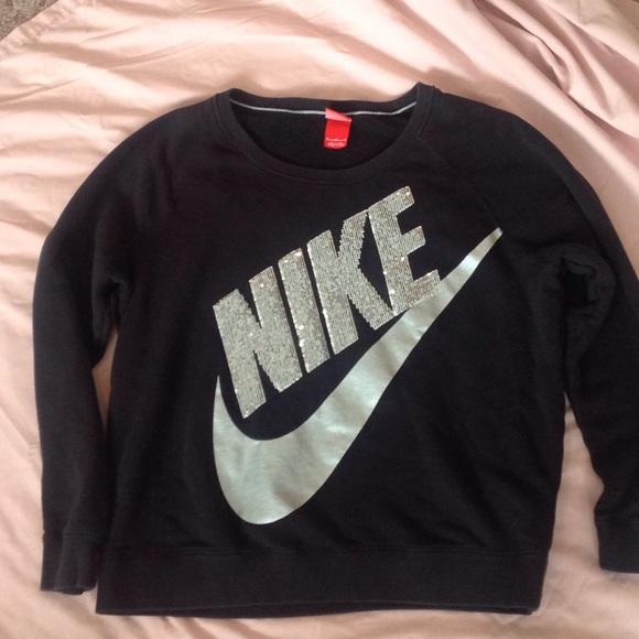 dc4ca1d21519 Nike Sequin Sweatshirt. M 5616c7a62ba50af645006bbd
