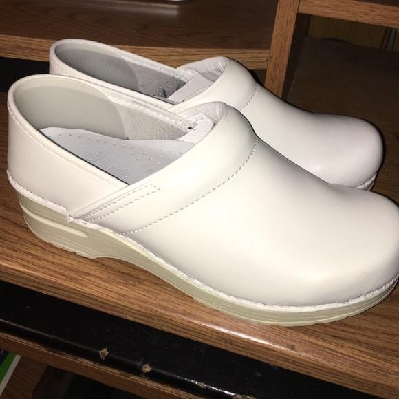 33 dansko shoes white dansko clogs from s