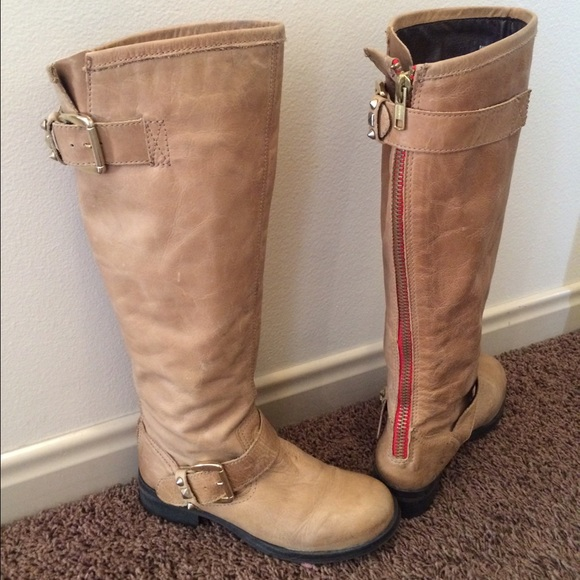 7bad2749f Tan Steve Madden Boots with Red zipper detail. M_56173913680278c81a00aa60