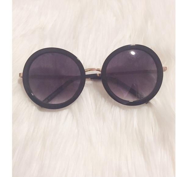 b9cad534139 ALDO Accessories - Black rounded sunglasses