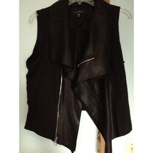 Karen Kane Tops - Faux Leather Zippered Top