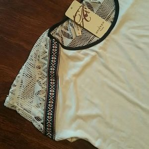 NWT Embroidered aztec print sholder top