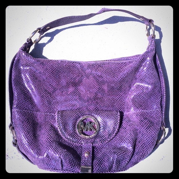 2cdb24072a54 Michael Kors Purple Python Embossed Hobo Purse. M 57092c954e95a3af6f004f1e