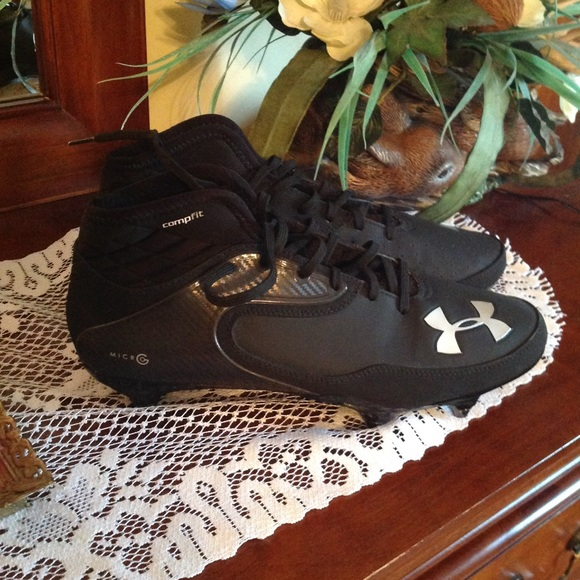 under armour micro g cleats