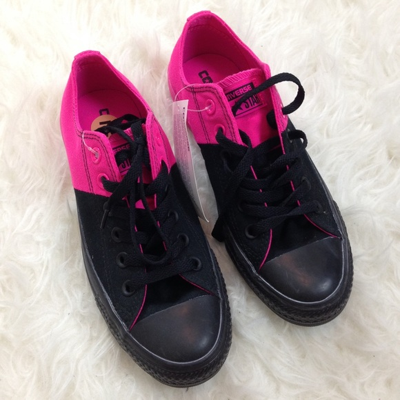 ad93e64ee85a4c Hot Pink and Black Converse
