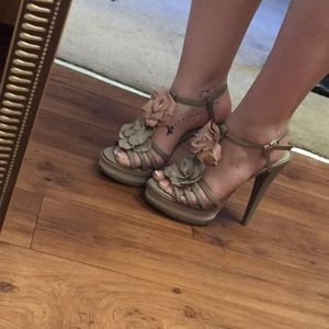 Kelsi Dagger Shoes - Neutral floral heels by Kelsi Dagger
