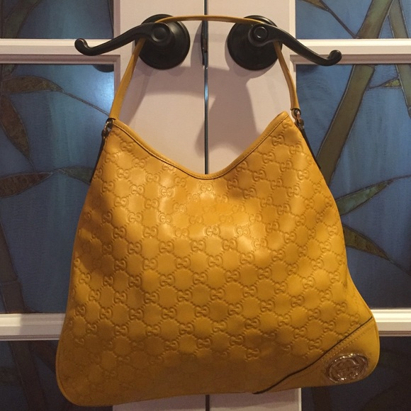 8b1fd4fd5cb Gucci Handbags - Gucci Yellow leather Guccissima