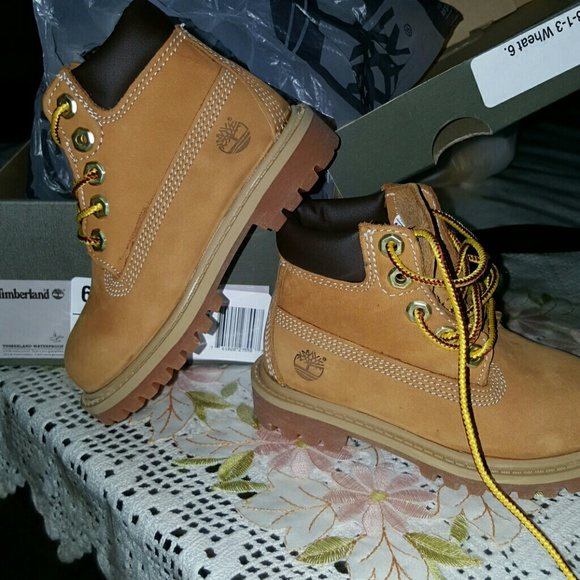 toddler girl timberland boots size 10