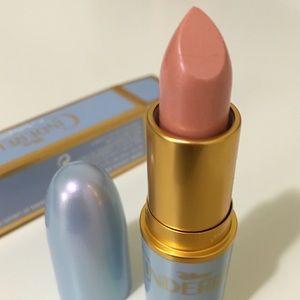 MAC Cosmetics Makeup - Mac Cinderella