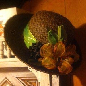 HP 5-16-16 brown boat hat, HP 20'/, off