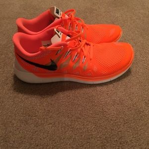 Nike Chaussures Orange Fluo