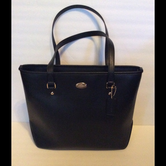 252aadfd62 Coach Black Leather Zip Top Tote NWT