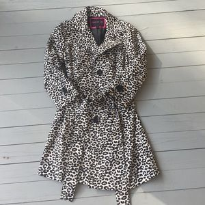 Leopard print Trench coat, medium