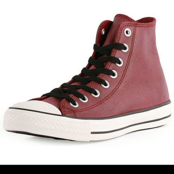 Converse Leather In An Oxblood Color